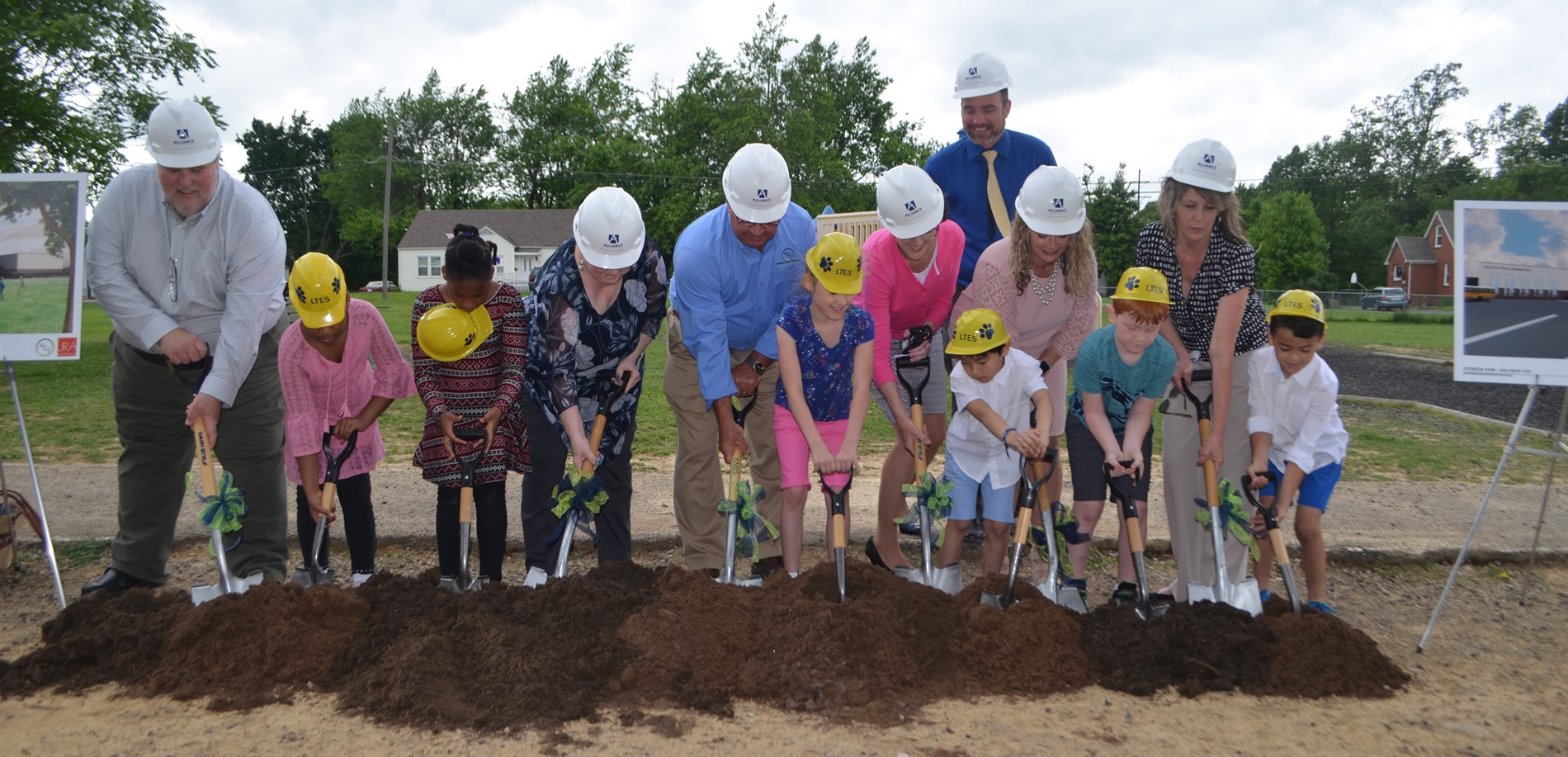 Groundbreaking for Lincoln Trail Elementary School