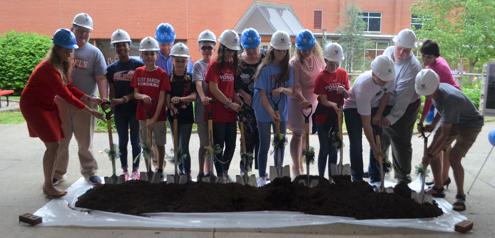 East Hardin Middle School Groundbreaking