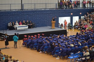 HARDIN COUNTY HIGH / GED GRADUATION linked image