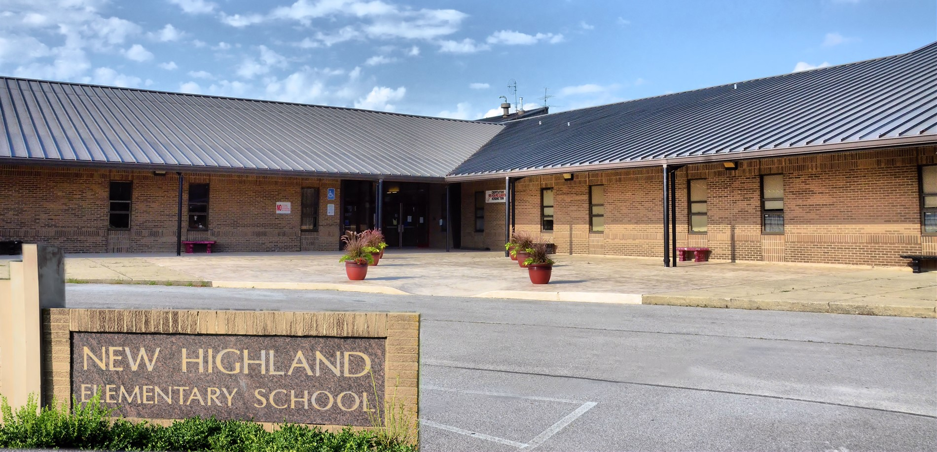 New Highland Elementary School