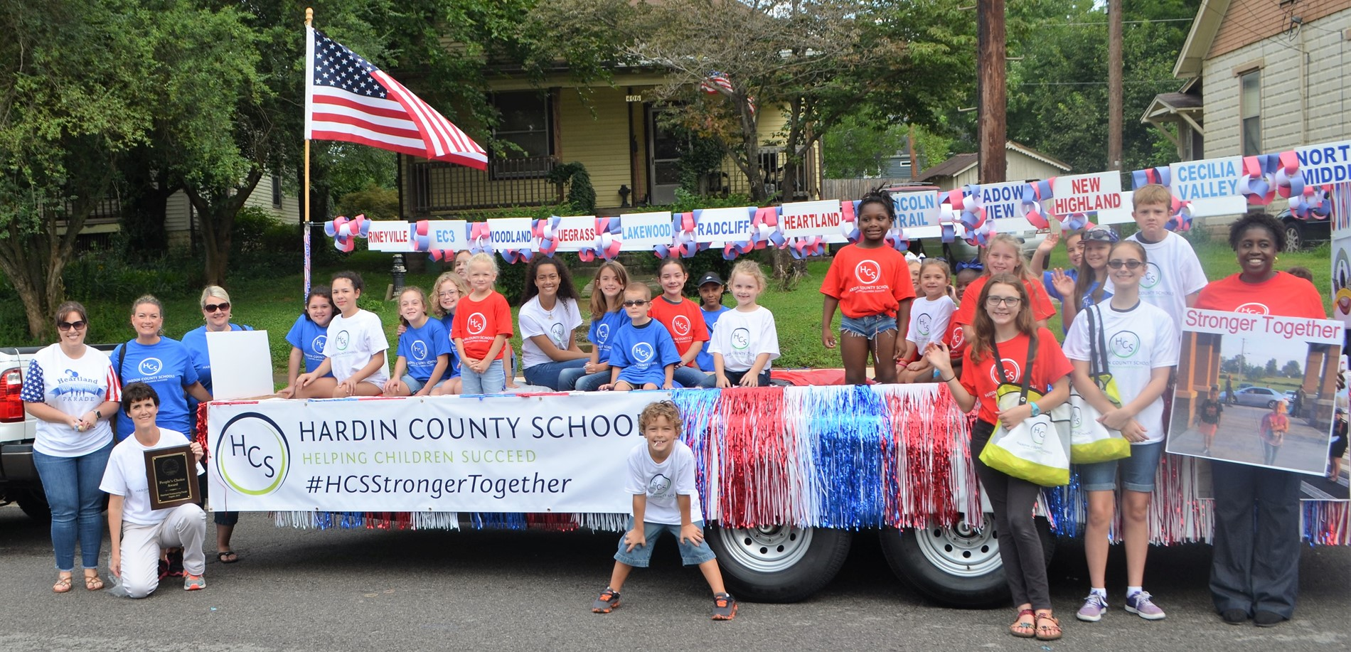 The HCS Float and its students earned the People's Choice Award at the 2018 Heartland Parade.