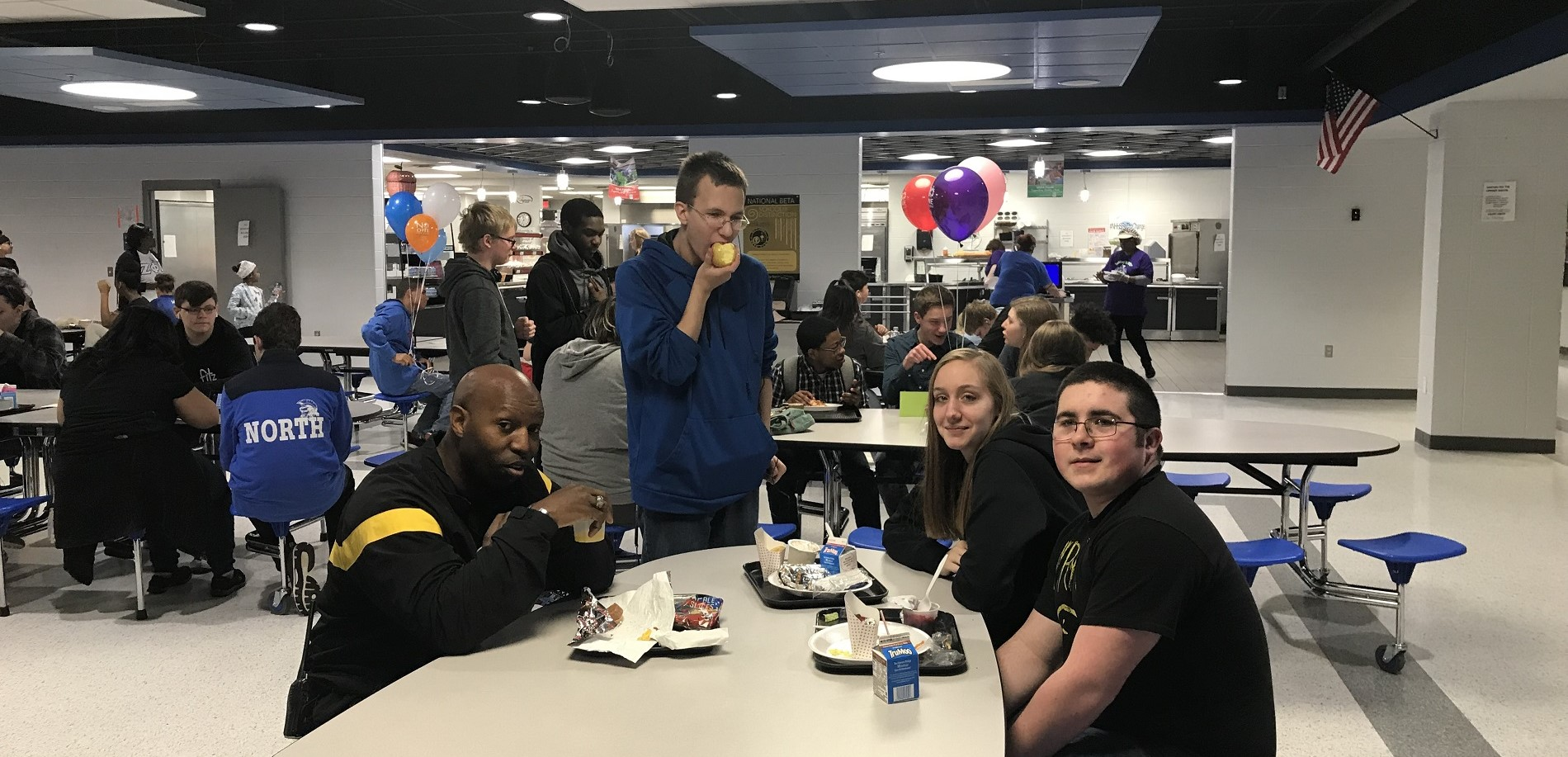 JROTC instructor Youngblood enjoys lunch with students